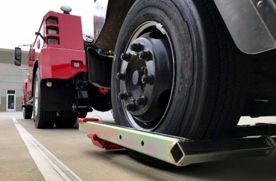 Tactical Towing Heavy Duty Towing in Belleview Illinois